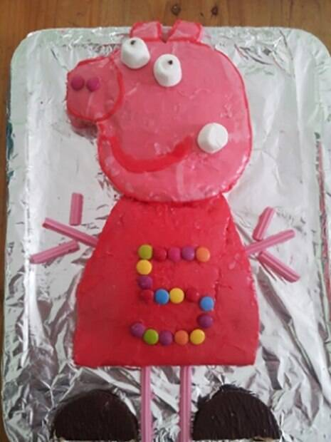 Fail: os piores bolos de aniversário da Peppa Pig já feitos!