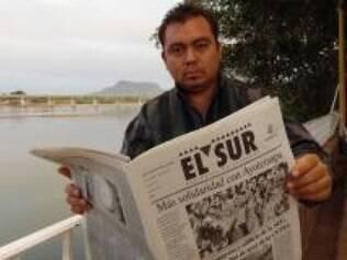 Correspondente do jornal El Sur, Israel Flores, 35 anos, diz que o silêncio é arma na profissão