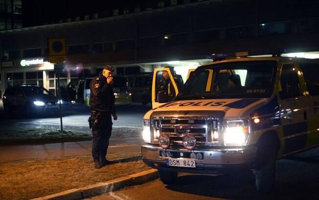 Tiroteio em restaurante mata 2 pessoas na Suécia