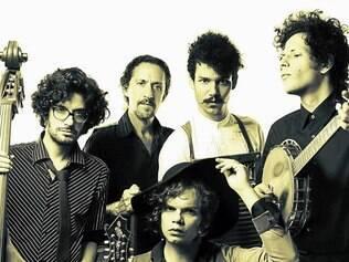 Como nas ruas de Nova Orleans, Mustache e os Apaches traz seu estilo Jug Band a BH