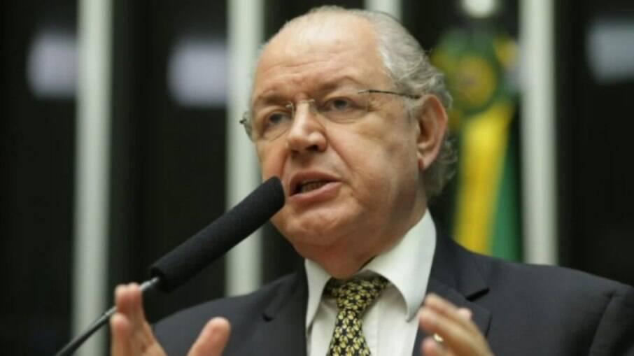 Luiz Carlos Hauly é autor da Proposta de Emenda à Constituição 110