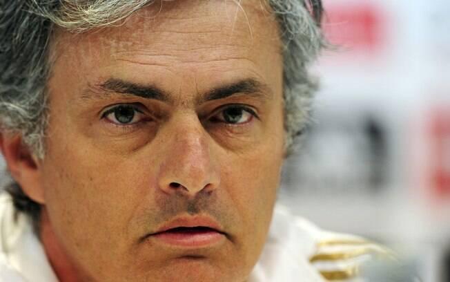 O técnico do Real Madrid, José Mourinho,  reduz a importância da derrota para o Barça