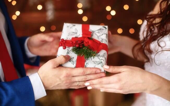 Brasileiro pretende comprar até cinco presentes no Natal deste ano; gasto médio será de R$ 462