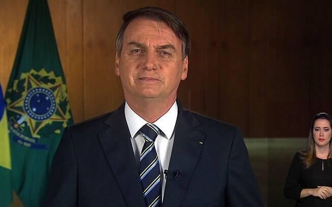 Pronunciamento de Bolsonaro para a rede aberta de televisão teve duração de dois minutos