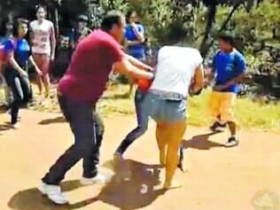 Pancadaria. Agressão física é o segundo tipo de violência mais citado pelos entrevistados com 35%