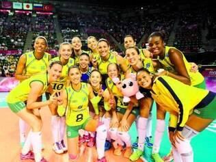 """Grand Prix. Meninas do Brasil comemoram vitória fácil em cima das russas e """"decisão"""" do título contra o Japão, na manhã de hoje"""