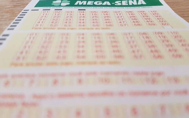 Para ganhar o prêmio principal da Mega da Virada, apostador tem de acertar as seis dezenas sorteadas no concurso
