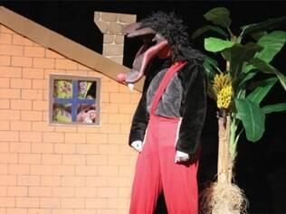 Espetáculo 'Os 3 Porquinhos' é uma das atrações da campanha de teatro