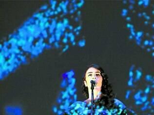 Cenário. Marisa gravou em dois shows no Rio de Janeiro, o DVD com forte presença das artes visuais