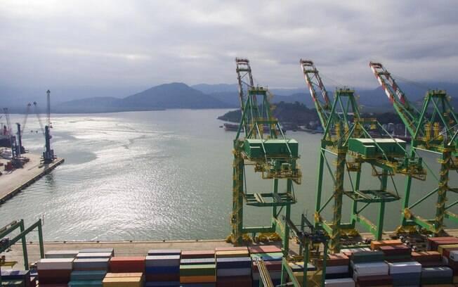 Dois terminais do Porto de Santos, em Macuco, serão leiloados em 2020
