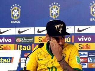 Treino da Seleção Brasileira na Granja Comary, em Teresópolis-RJ. NA FOTO: Neymar durante coletiva.  FOTO: Jefferson Bernardes/ Vipcomm