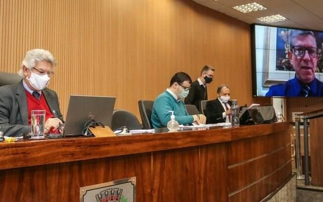 Câmara aprova, em definitivo, criação do Banco de Ração para Animais