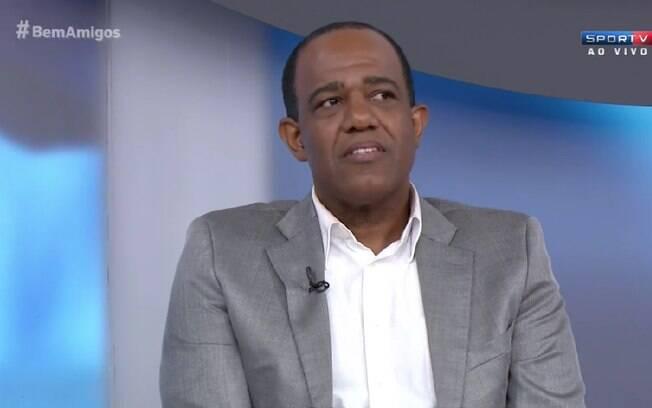Abel Neto revela ter sido vítima de racismo em estádios brasileiros