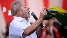 A revelia do PT, Lula deve descer rampa com Dilma no dia 12