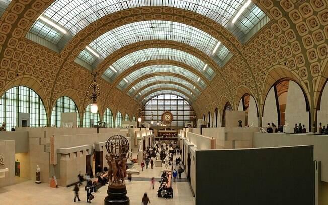 Localizado na margem esquerda do rio Sena, o Museu d'Orsay está instalado em uma antiga estação ferroviária de Paris. Foto: Wikipedia