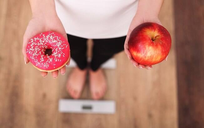 A dieta equilibrada deve ser seguida sempre. A mudança ocasionada por ela é gradativa, ao contrário da low carb
