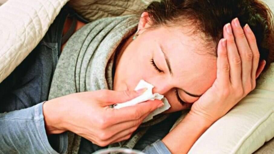 Rinite, sinusite, gripe ou Covid-19? Saiba diferenciar os sintomas
