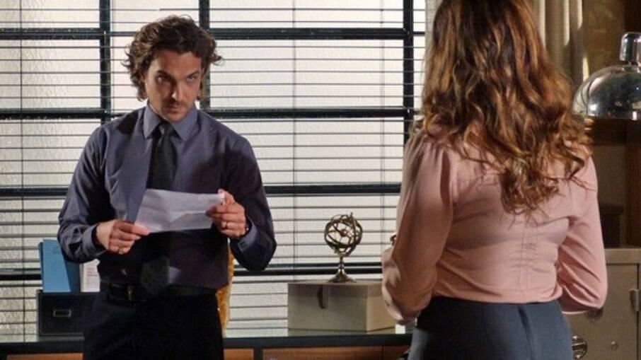 Alberto recebe intimação para depor como suspeito de explosão