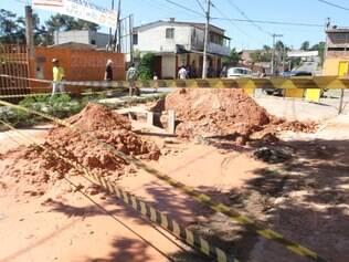 Moradores da região do Vila das Flores dizem que ficaram mais de 24 horas sem água