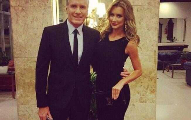 33 ANOS: Roberto Justus (58 anos) namora a modelo Ana Paula Siebert (25 anos)