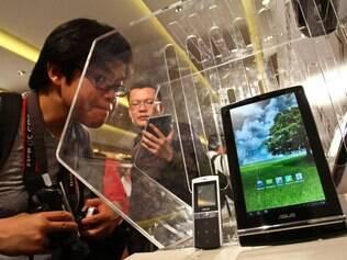 Tablets e smartphones contribuirão para o maior consumo de dados em redes de celulares