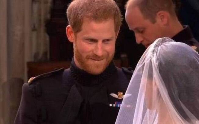 O olhar do príncipe Harry no casamento com Meghan Markle virou um dos memes mais compartilhados do ano