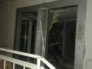 Estragos ainda não foram contabilizados, mas agência foi bastante atingida pela explosão