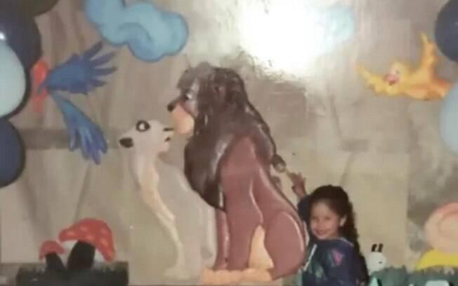 Camila durante aniversário