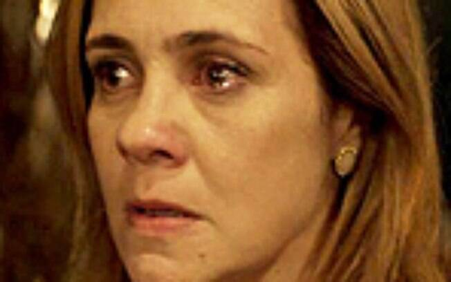 """Avenida Brasil"""": Qual punição Carminha merece levar? Vote!"""