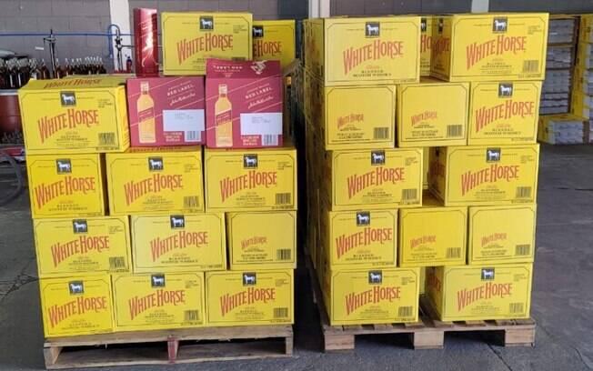 Polícia Civil fecha fábrica com bebidas falsificadas em Campinas