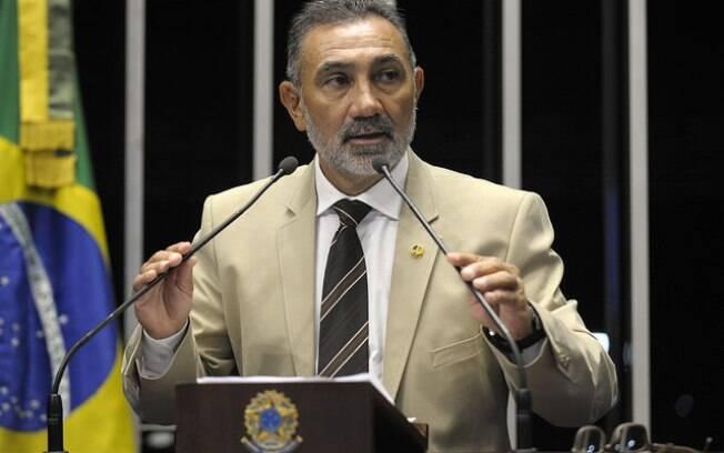 O senador Telmário Mota afirmou após repercussão que não passará a mão na cabeça de ninguém