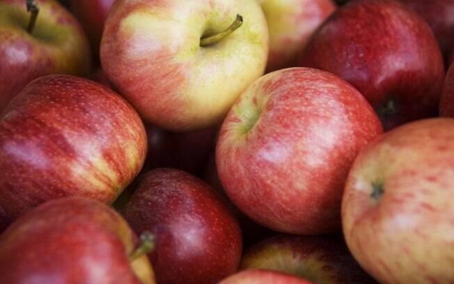 A maçã contém quercetina, um flavonóide potente contra o câncer. Foto: Getty Images