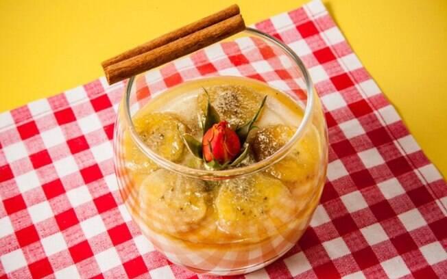A mousse de banana é uma outra opção para fazer a sobremesa usando fruta. Confira o passo a passo da receita