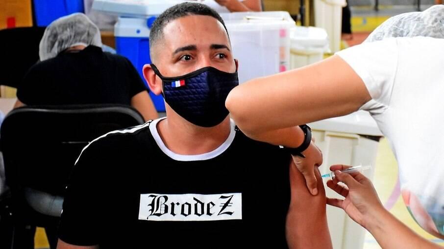 São Luís é primeira capital a vacinar maiores de 18 anos sem comorbidades