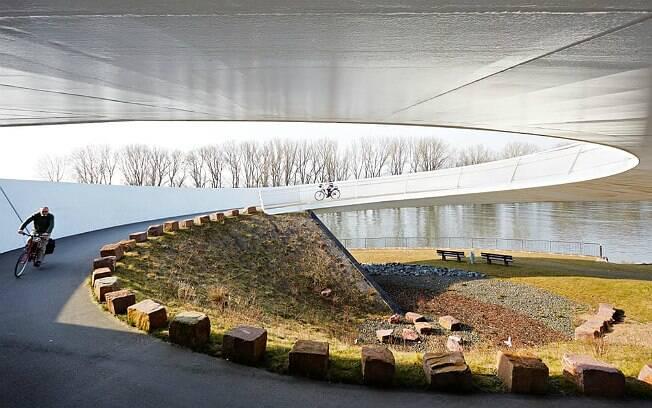 Ponte Ölhafen em Raunheim, na Alemanha