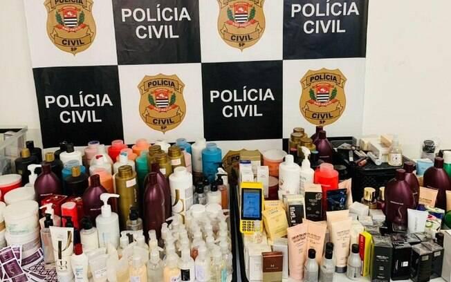 Mulher é presa por suspeita de manipulação ilegal de cosméticos
