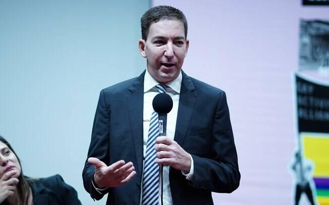 Glenn Greenwald entrou em debate com a deputada Carla Zambelli (PSL)