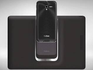 Smartphone Padfone 2, da Asus, pode ser encaixado em dock de tablet