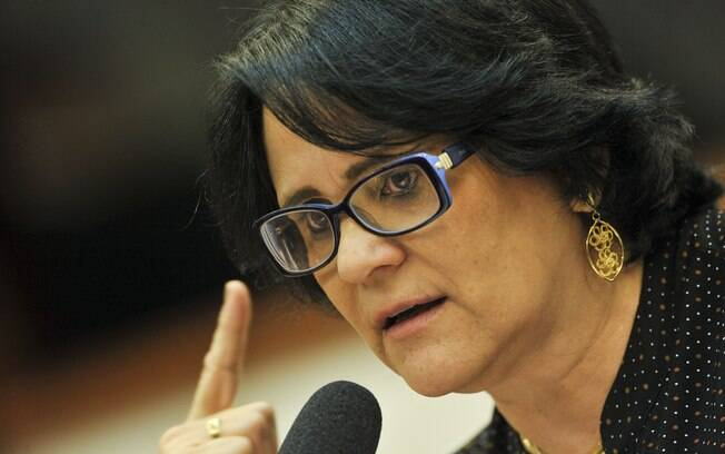 Damares Alves participa de audiência pública na Câmara dos Deputados; conheça os planos da ministra para a pasta