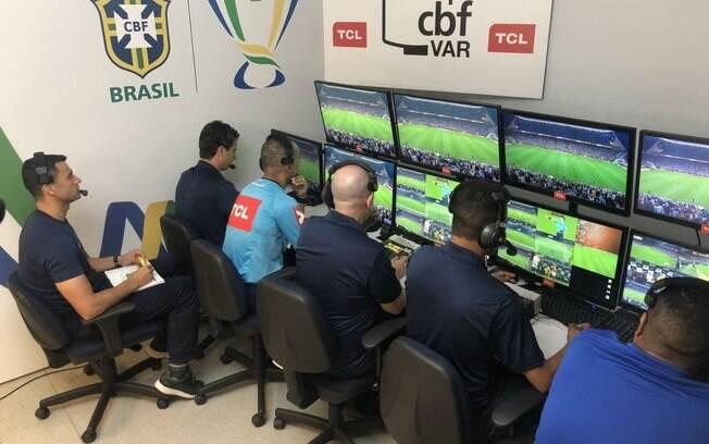 VAR começou a ser usado no Brasileirão neste ano de 2019