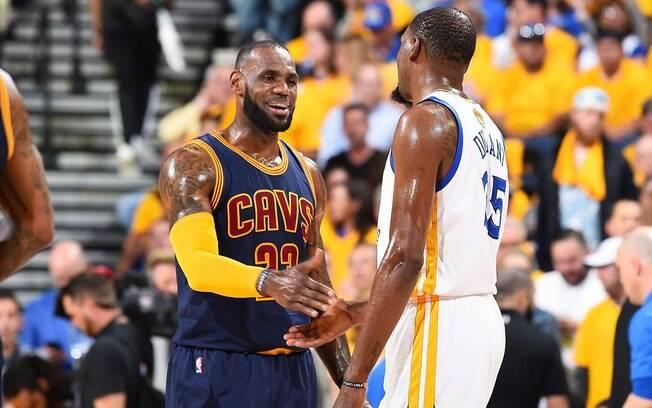 LeBron James e Kevin Durant atuarão juntos no All-Star Game deste ano da NBA