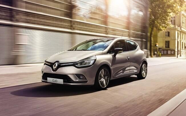 Renault Clio: o mais vendido no mercado europeus de carros compactos, mas no Brasil a marca preferiu o Kwid