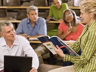 As aulas são para turmas reduzidas e alunos a partir dos 50 anos