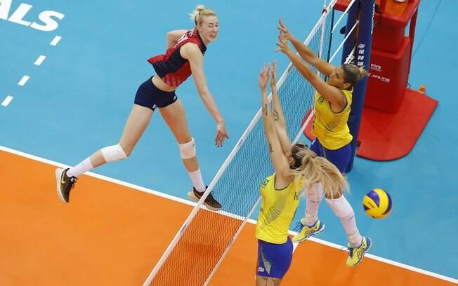 9425f5c43 Brasil venceu os EUA no Grand Prix de vôlei