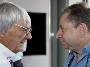Bernie Ecclestone, responsável pelos direitos comerciais (FOM) e Jean Todt, presidente da FIA, são alguns dos representantes da comissão