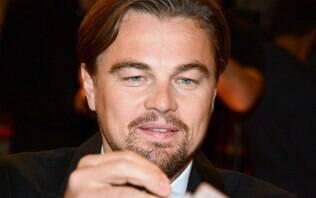 Homem se passa por Leonardo Dicaprio e dá golpe de R$ 6 mil em mulher