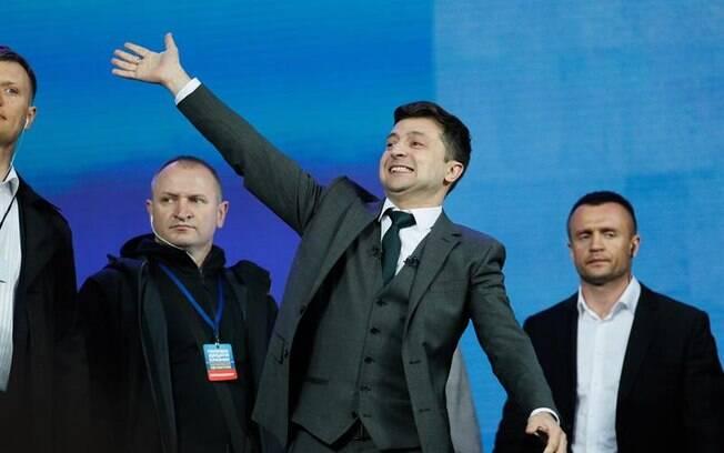 Volodymyr Zelenkiy foi eleito presidente da Ucrânia e já deve assumir contrariado