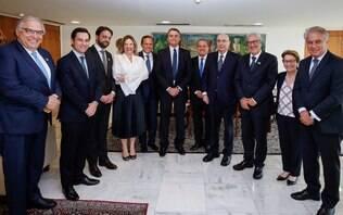 Doria se reúne com Bolsonaro e promete apoio do PSDB à reforma da Previdência