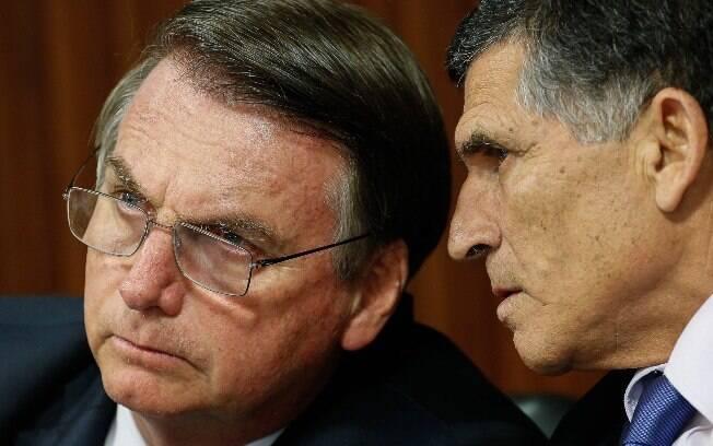 A Secretaria de Governo era ocupada pelo general Carlos Alberto dos Santos Cruz, também demitido por Jair Bolsonaro
