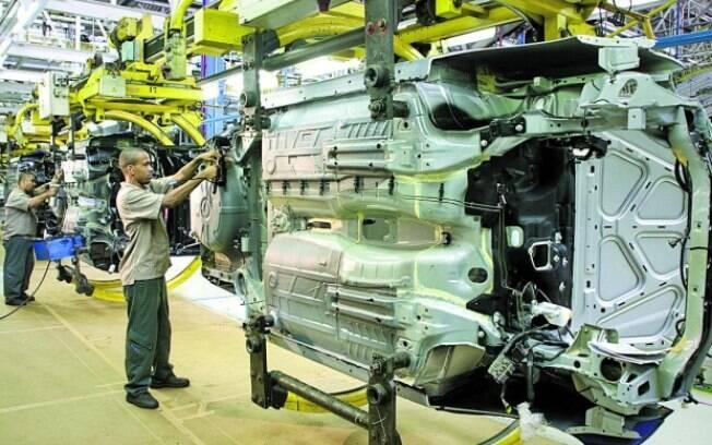 Setor automotivo registrou a maior alta, de 9,4%, com R$ 30,93 bilhões de crédito disponibilizado
